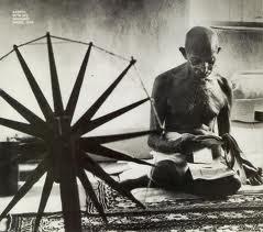 ACTIVITE 1 : RACONTER comment l'Inde devient un état indépendant (autonomie)